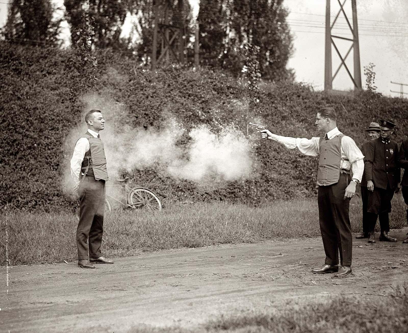 testing a bulletproof vest, 1923 (1)